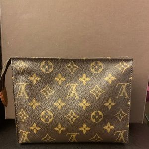 Toiletry 19 rare Louis Vuitton pouch cosmetic